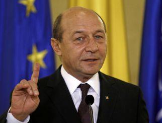 Traian Băsescu îi îndeamnă pe români să meargă la vot