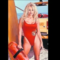 Pamela Anderson a rmas fr bani!