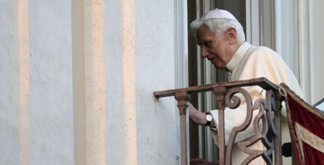 Vaticanul dezminte zvonurile conform cărora Benedict al XVI-lea ar fi bolnav